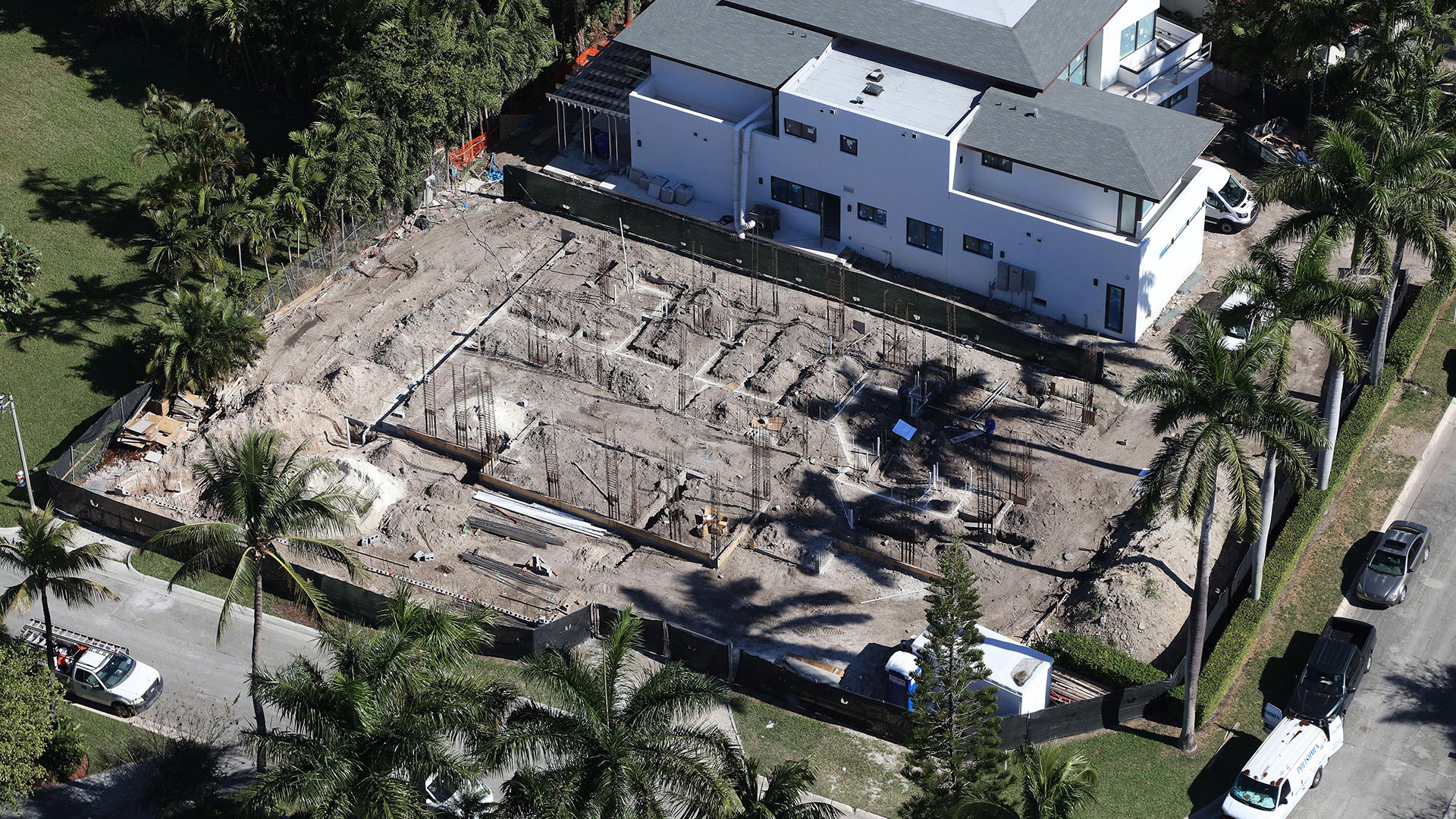 Bal-Harbour-Tropical-Residence-High-end-Builder-Contractor-Miami-17