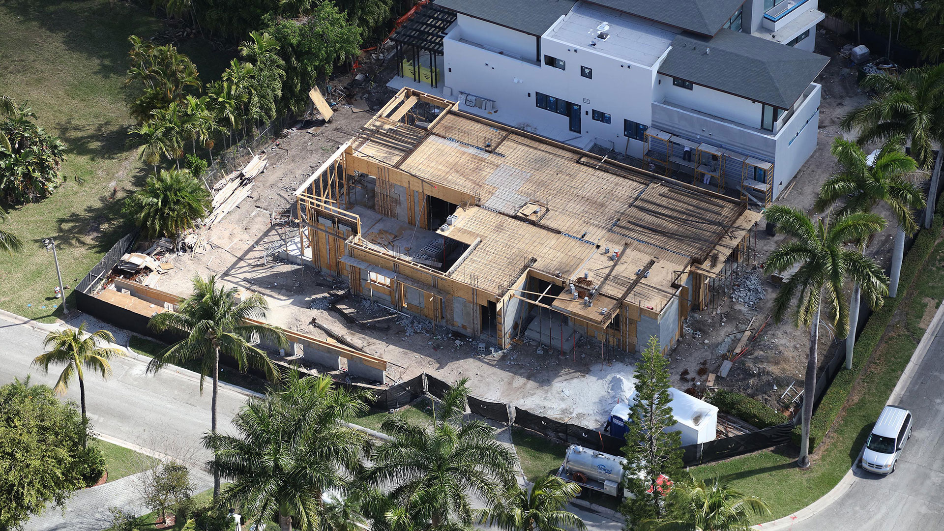 Bal-Harbour-Tropical-Residence-High-end-Builder-Contractor-Miami-18