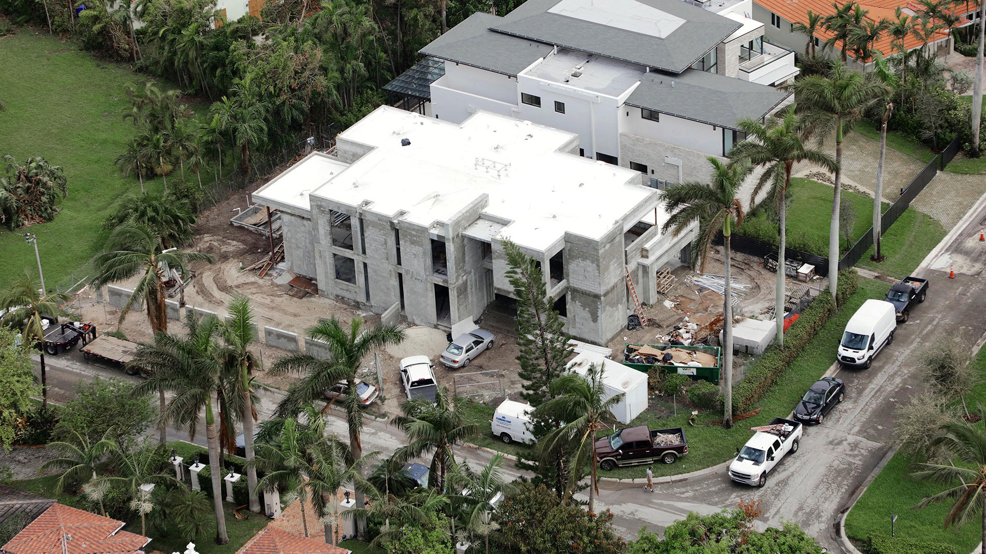 Bal-Harbour-Tropical-Residence-High-end-Builder-Contractor-Miami-21