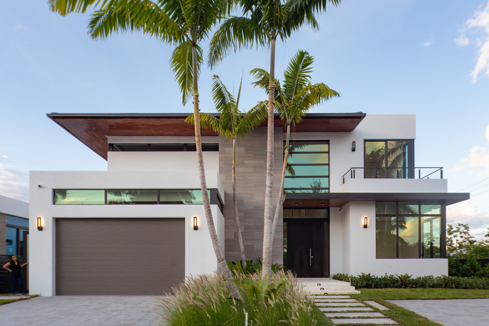 Modern house garage luxury miami builder