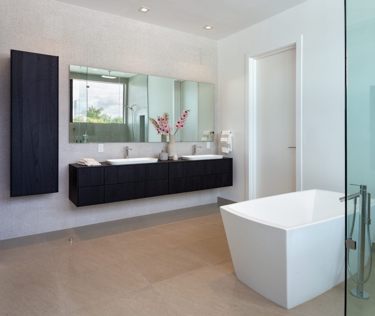 master bedroom tub bay harbor construction design
